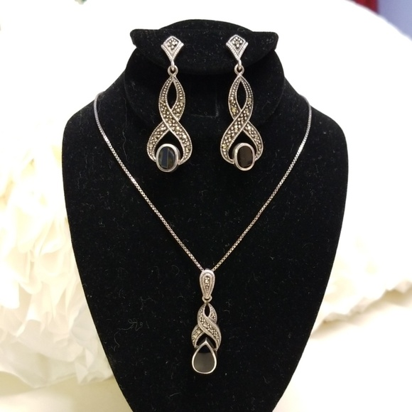 7728b259f593a Black onyx and marcasite necklace and earrings set